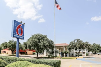 Hotel - Motel 6 Dallas - Addison
