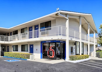 Hotel - Motel 6 Walnut Creek