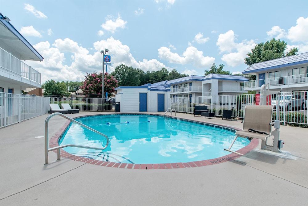 Swimming Pool
