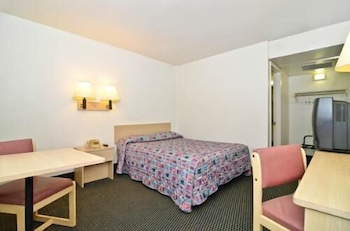 Hotel - Budget Inn