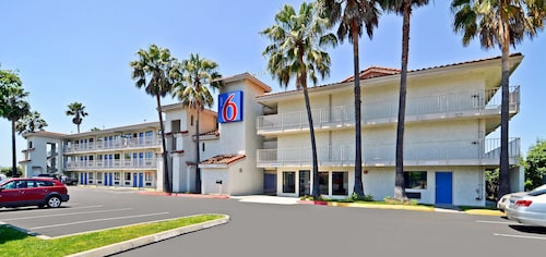 . Motel 6 Fairfield, CA - Napa Valley