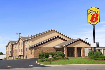 Hotel - Super 8 by Wyndham Collinsville St. Louis