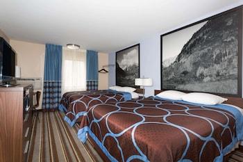 Room, 2 Queen Beds, Non Smoking, Ground Floor (First Floor)