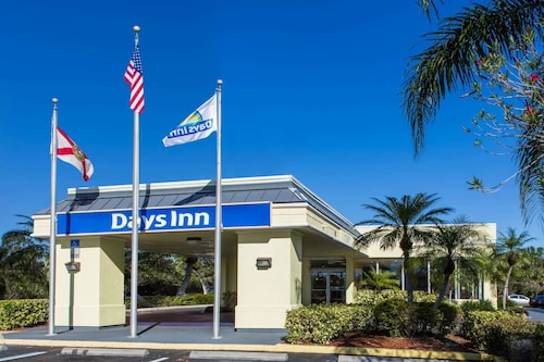 . Days Inn by Wyndham Melbourne