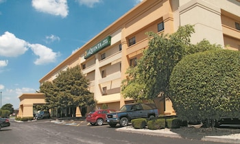 Hotel - La Quinta Inn & Suites by Wyndham Chicago Tinley Park
