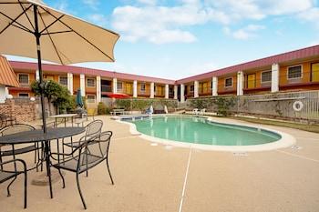 經濟套房飯店 Economy Inn & Suites