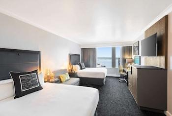 Room, 2 Queen Beds (Waterfront)