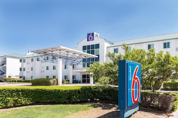 Motel 6 Dallas DFW Airport North