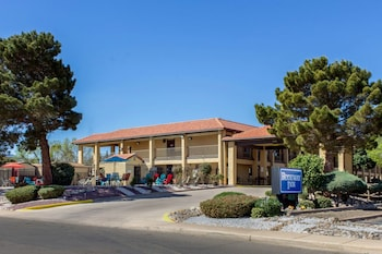 Hotel - Rodeway Inn near Ft Huachuca