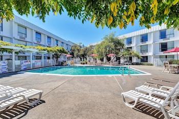 加利福尼亞貝爾蒙特 - 舊金山 - 紅木城 6 號汽車旅館 Motel 6 Belmont, CA - San Francisco - Redwood City