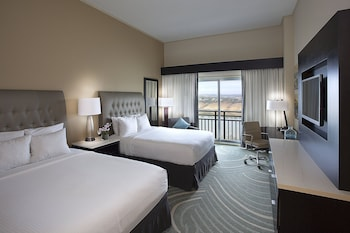 Room, 2 Queen Beds, Lake View (No Balcony)