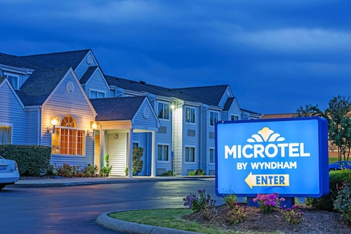 . Microtel Inn by Wyndham Lexington