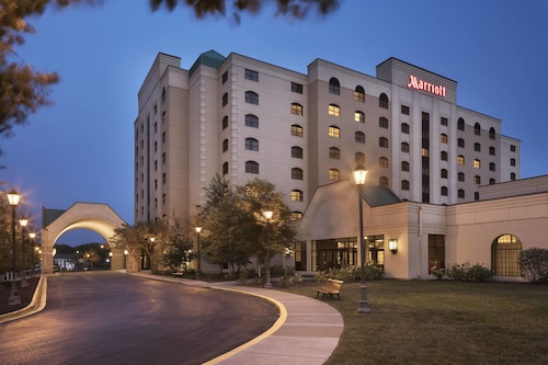 __{offers.Best_flights}__ Minneapolis Marriott Northwest