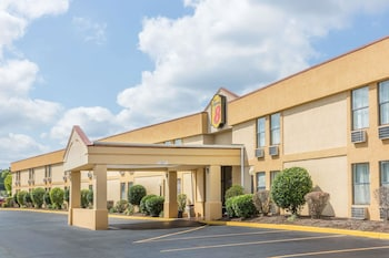 Hotel - Super 8 by Wyndham Knoxville Downtown Area