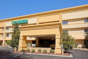 Hotel - La Quinta Inn & Suites by Wyndham Nashville Airport
