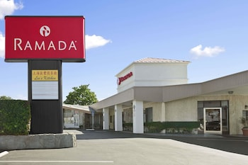 Ramada by Wyndham Torrance photo