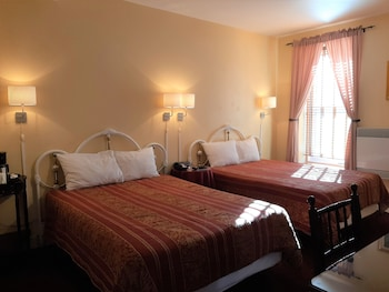 Small Deluxe Room, 2 Double beds