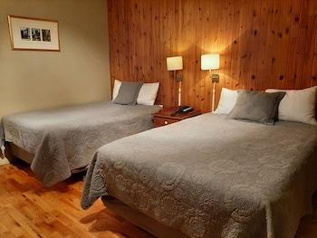 Single Room, 2 Double Beds, Ground Floor