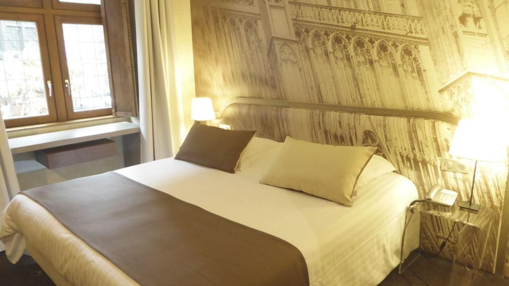 France - Alsace Lorraine Grand Est - Strasbourg - Hotel Cathedrale 4*