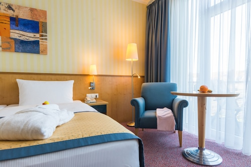Strand-Hotel Hübner, Rostock