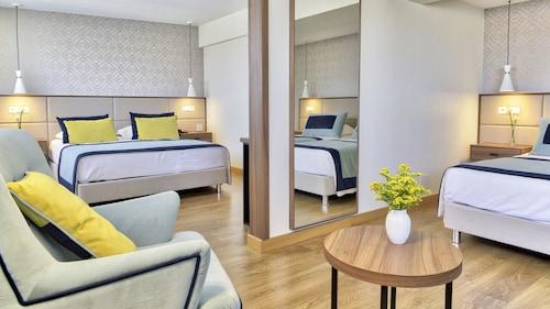. Hotel Cinquentenário & Conference Center