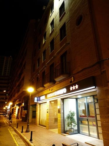 . Hotel Condes de Haro