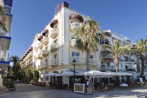 . Hotel URH Sitges Playa