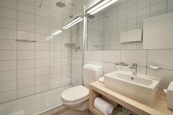 Hotel Des Alpes - Bathroom  - #0