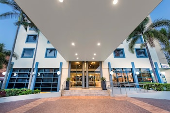 Hotel Front at Best Western Plus Hotel Diana in Woolloongabba