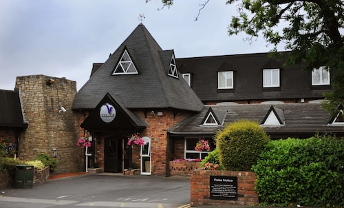 . Village Hotel Manchester Hyde
