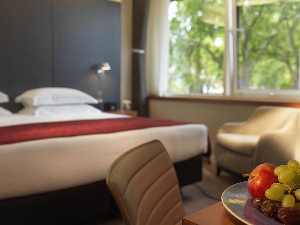 ロイヤル ガーデン ホテル (帝苑時尚旅)