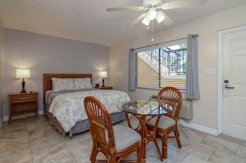 Room, 1 Queen Bed, Kitchenette