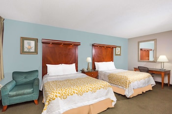 Room, 2 Queen Beds, Non Smoking (Mobility/Hearing Impaired)