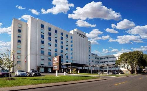 . DoubleTree by Hilton Hotel Niagara Falls New York