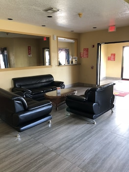 Econo Lodge Houston Hobby photo