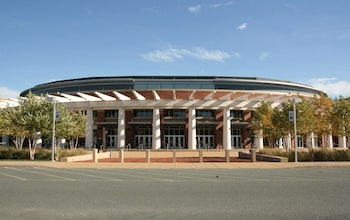 夏洛特維爾大學歡朋套房飯店 Hampton Inn & Suites Charlottesville-At the University