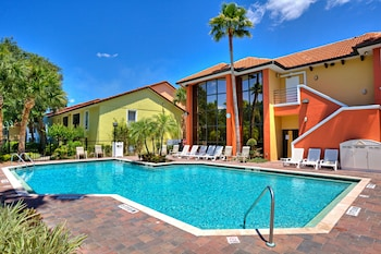 Book Legacy Vacation Resorts-Lake Buena Vista in Orlando.
