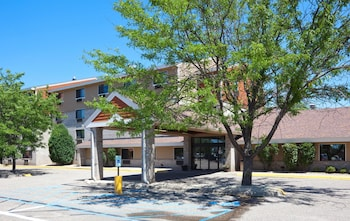 AmericInn Hotel & Suites Apple Valley