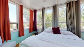Design Suite, 1 Bedroom