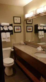 Comfort Inn - Bathroom  - #0