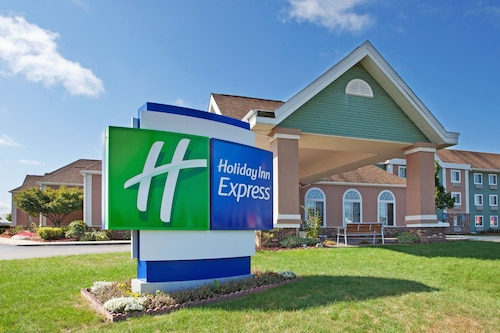 . Holiday Inn Express Birch Run - Frankenmuth Area