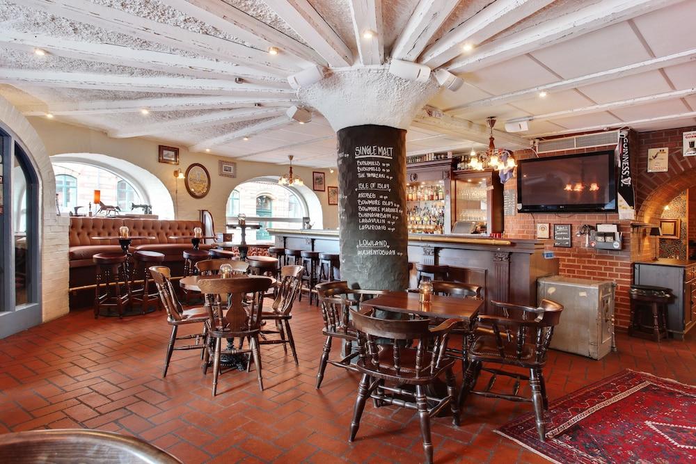 베스트 웨스턴 티드블롬스 호텔(Best Western Tidbloms Hotel) Hotel Image 22 - Hotel Bar