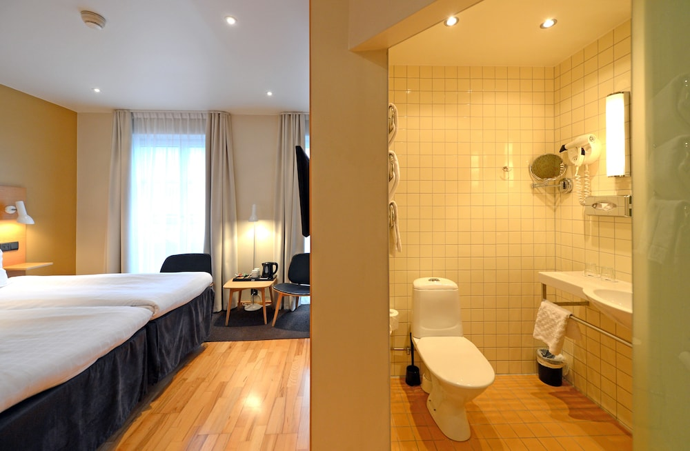 베스트 웨스턴 호텔 로열(Best Western Hotel Royal) Hotel Image 26 - Bathroom