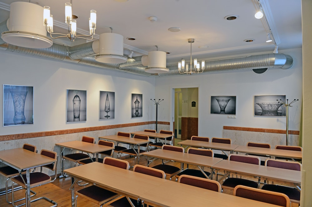 베스트 웨스턴 호텔 로열(Best Western Hotel Royal) Hotel Image 32 - Meeting Facility