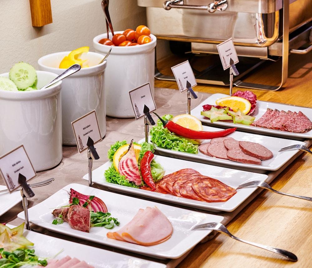 호텔 로얄(Hotel Royal) Hotel Image 39 - Breakfast Area
