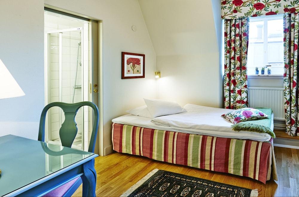 호텔 로얄(Hotel Royal) Hotel Image 9 - Guestroom