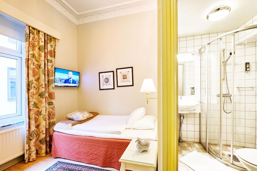 호텔 로얄(Hotel Royal) Hotel Image 12 - Guestroom