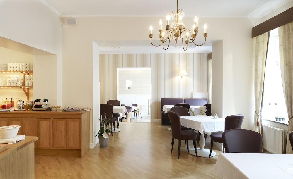 호텔 로얄(Hotel Royal) Hotel Image 41 - Restaurant