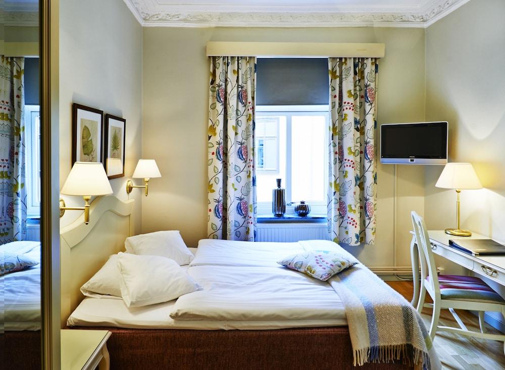 호텔 로얄(Hotel Royal) Hotel Image 8 - Guestroom