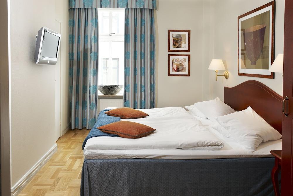 호텔 로얄(Hotel Royal) Hotel Image 15 - Guestroom